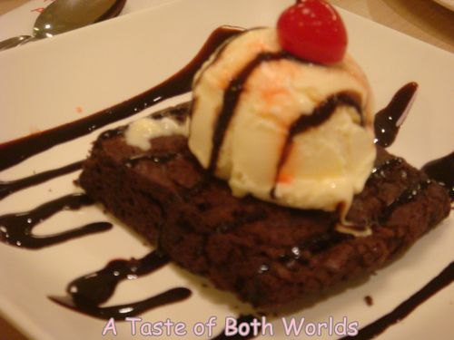 Brownies-ala-mode kenny rogers